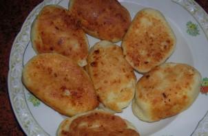 Пирожки с капустой из творожного теста - фото шаг 8