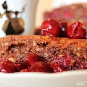 Шоколадный пирог с вишней - фото шаг 9