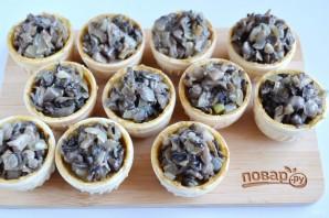 Тарталетки с паштетом и грибами - фото шаг 5