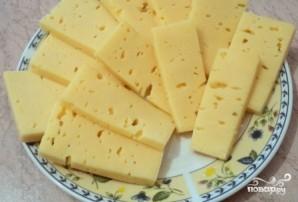 Сосиски в слоеном тесте в духовке - фото шаг 4