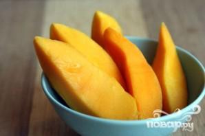 Витаминный напиток из свеклы, манго и помидор - фото шаг 3
