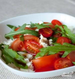 Моцарелла с помидорами - фото шаг 5