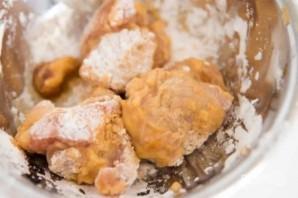 Куриные бедра во фритюре - фото шаг 3