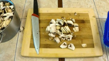Блины с грибной начинкой и яйцами (рецепт для гурманов) - фото шаг 4