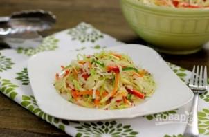 Салат из свежей капусты с огурцом - фото шаг 6