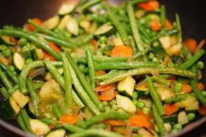 Овощи, жареные на сковороде - фото шаг 3