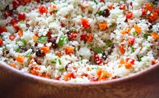 Салат из сырой цветной капусты - фото шаг 4