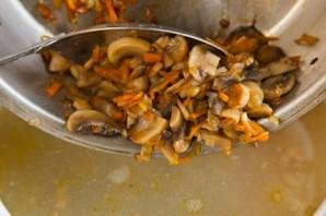 Чечевичный суп с грибами  - фото шаг 6