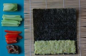 Cыроедческие суши - фото шаг 3