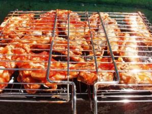 Шашлык из свиных ребрышек и маринад - фото шаг 4