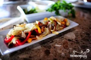 Тортильяс с говядиной, перцем и луком - фото шаг 2