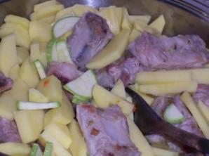 Картошка со свиными ребрышками - фото шаг 3
