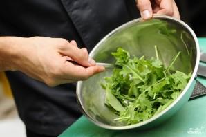 Салат с жареными лисичками - фото шаг 3