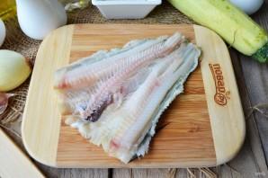 Рыбные котлеты с творогом и кабачками - фото шаг 2