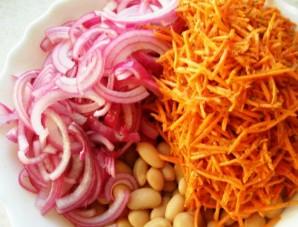 Фасоль с морковью и луком - фото шаг 5