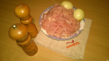Суфле из курицы в духовке - фото шаг 1