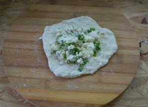 Хычины с сыром и зеленью - фото шаг 5