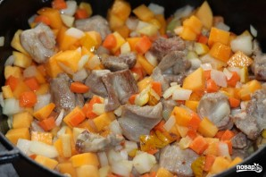 Овощи, тушенные с мясом - фото шаг 4