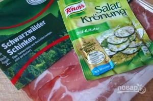 Салат с ветчиной и сухариками - фото шаг 2