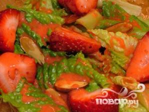 Клубничная заправка для салатов - фото шаг 4