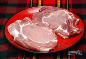 Свиная отбивная в панировке по-венски - фото шаг 1