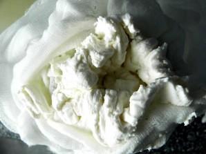 Творог из овечьего молока - фото шаг 5