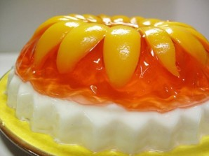 Желейный торт с фруктами - фото шаг 5