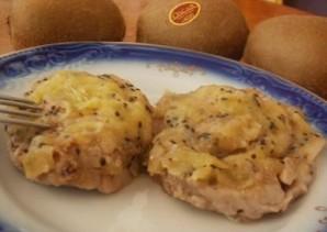 Мясо с киви в духовке - фото шаг 8