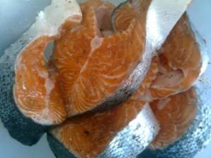 Шашлык из рыбы на костре - фото шаг 3