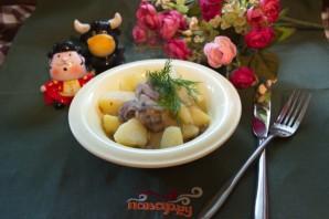 Картофель, тушеный с грибами - фото шаг 7