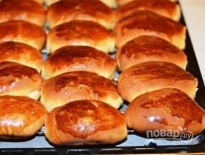 Пирожки дрожжевые с вишней - фото шаг 10