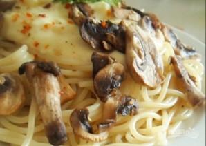 "Спагетти под соусом ""Бешамель"" - фото шаг 5"