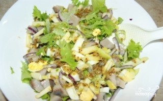 Салат с сельдью - фото шаг 7