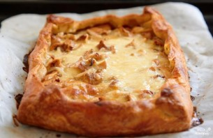 Пирог с грибами, сметаной и сыром - фото шаг 6