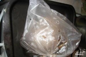 Грудка индейки в рукаве в духовке - фото шаг 3