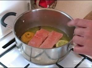 Спагетти с лососем в сливочном соусе - фото шаг 2