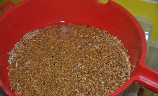 Самогон на пшенице - фото шаг 1