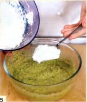 Суфле из брокколи и трёх видов сыра  - фото шаг 5