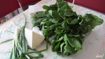 Слоеный пирог со шпинатом - фото шаг 1