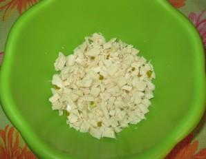 Салат с маслинами и курицей - фото шаг 2