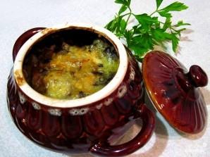 Капуста с грибами в горшочке - фото шаг 10
