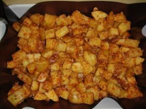 Картофель в духовке с пармезаном - фото шаг 3