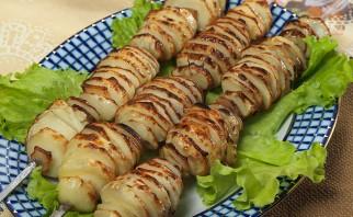 Картошка с салом на костре - фото шаг 4