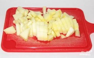 Пышные оладьи с яблоками - фото шаг 2