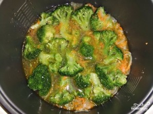 Крем-суп из брокколи в мультиварке - фото шаг 3