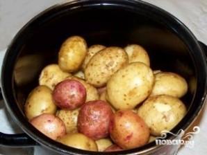 Картофель в духовке в кожуре - фото шаг 1