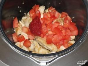 Тушеная курица с картофелем в мультиварке - фото шаг 4