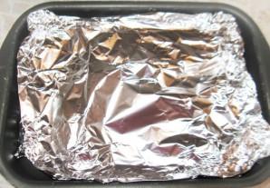 Голень в фольге в духовке - фото шаг 4