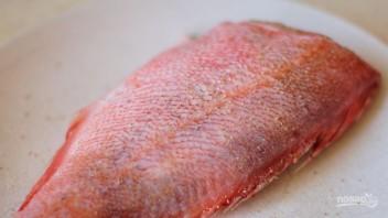Морская рыба в духовке - фото шаг 1