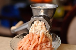 Куриные котлеты с плавленым сыром   - фото шаг 4